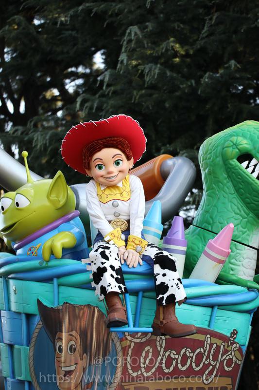 ディズニーランドのパレードをTAMRON(A005E)で撮影